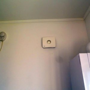 Montare ventilator baie profesional